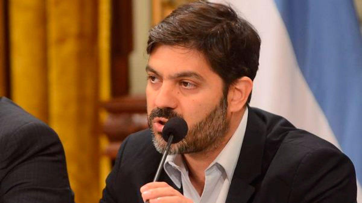 María Laura conversó con el Jefe de Gabinete del Gobierno Bonaerense, Carlos Bianco por CNN RADIO
